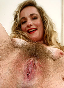 Mature Natural and Hairy ATK Marilyn