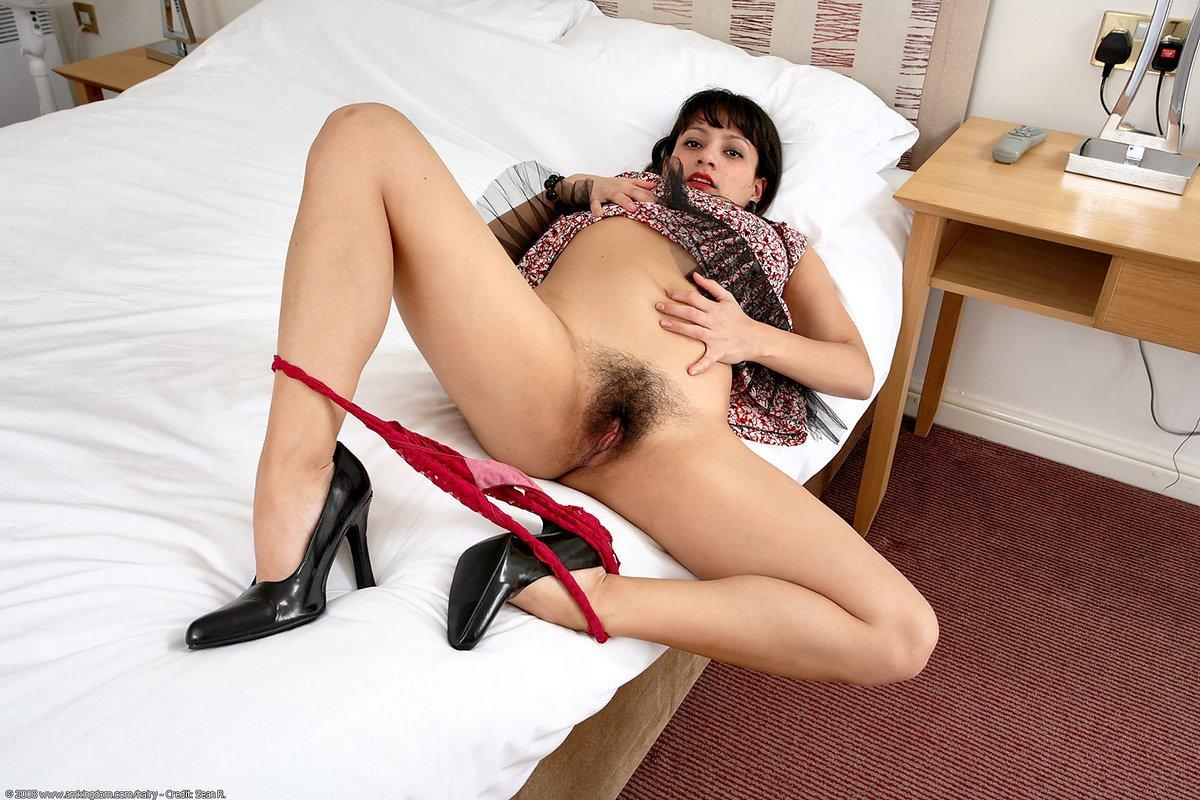 Секс с азербайджанками смотреть онлайн 11 фотография
